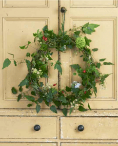 country-christmas-wreath-diy-willow-crossley