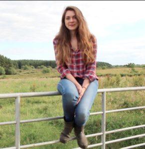slow living farm girl life