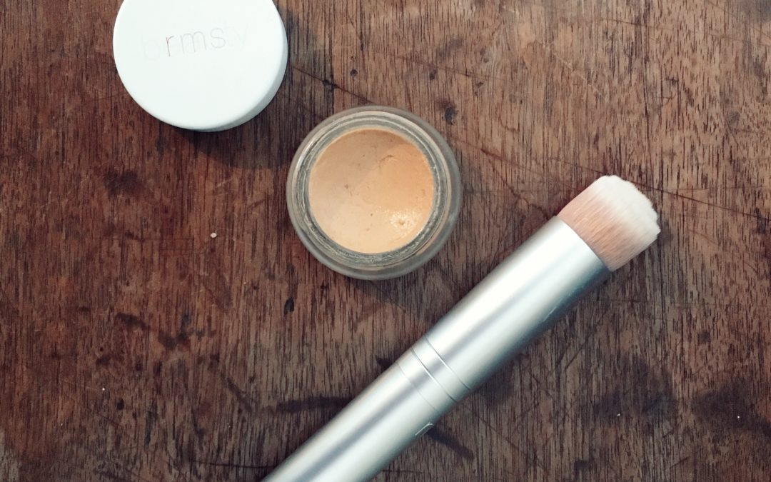 """Natural Beauty-RMS """"Un"""" Cover-up Review Shade 22"""